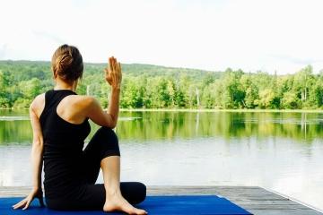 wellness-yoga-woman-natural-landscape_menu