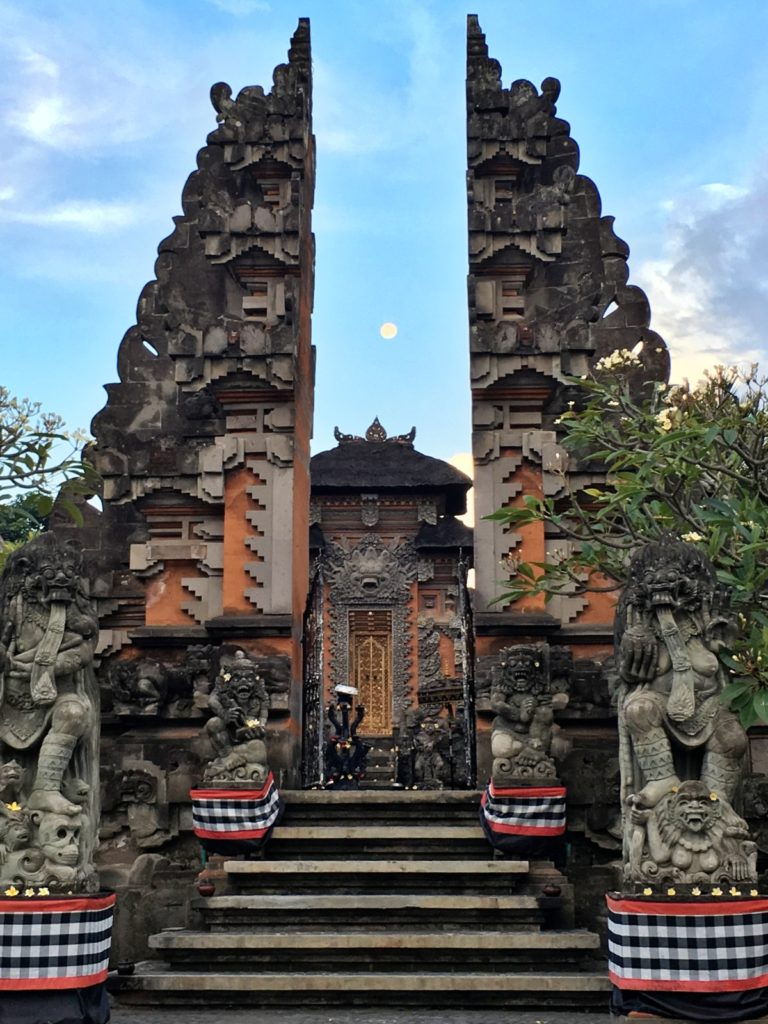 bali-temple-cultural-experience